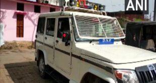 Chitrakoot Naya Gaon Locals Attacks Police While Trying To Impose Weekend Lockdown – नासमझी: वीकेंड लॉकडाउन लागू कराने गई थी चित्रकूट पुलिस, लोगों ने पथराव कर खदेड़ दिया